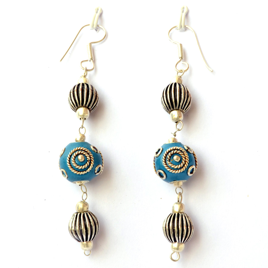 handmade earrings having blue beads with silver plated