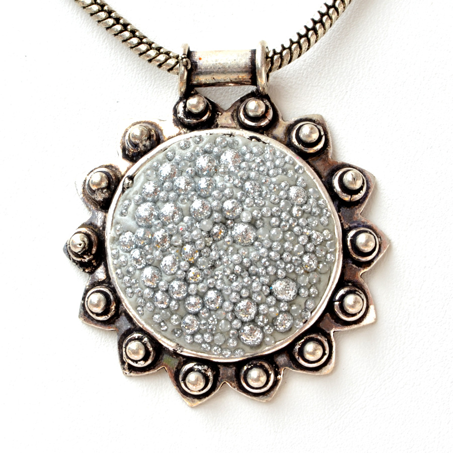 Handmade pendant studded with silver glitter maruti beads handmade pendant studded with silver glitter audiocablefo