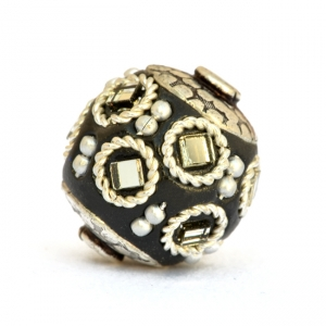 Black Beads Studded with Metal Rings, Metal Balls & Mirror Chips
