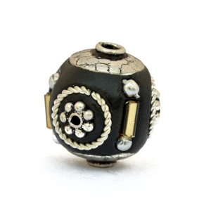Black Beads Studded with Metal Rings + Balls + Flowers & Accessories