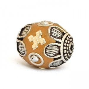 Yellow Beads Studded with Metal Balls + Rings + Accessories