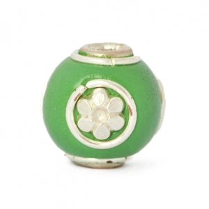 Green Round Beads Studded with Silver Plated Rings & Flowers