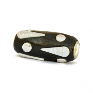 Black Cylindrical Beads Studded with Silver Color Accessories