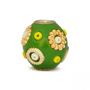 Green Beads Studded with Seed Beads & Accessories