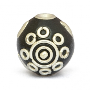 Black Round Kashmiri Beads Studded with Metal Rings & Accessories