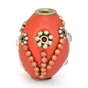 Red Beads Studded with Metal Chains & Metal Flowers