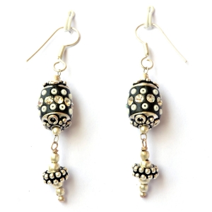 Handmade Earrings having Black Beads with Seed Beads & Rhinestones