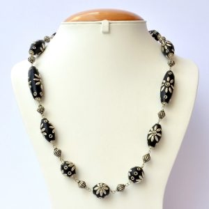 Handmade Necklace with Black Beads having Metal Flower Design