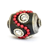 Black Beads Studded with Red Metal Chain, Metal Rings & Rhinestones