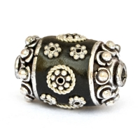Black Beads Studded with Metal Rings & Flowers