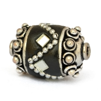 Black Beads Studded with Metal Chains & Mirror Chips