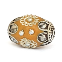 Yellow Beads Studded with Metal Flowers & Metal Rings