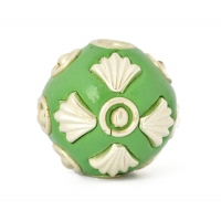 Green Round Beads Studded with Metal Rings, Balls & Accessories