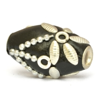 20 x 14 mm Black Cylindrical Beads Studded with Metal Chains & Accessories
