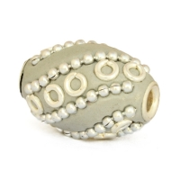 20 x 14 mm Gray Cylindrical Beads Studded with Metal Rings & Chains