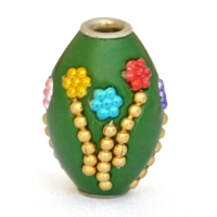 Green Beads Studded with Metal Chains & Colorful Accessories