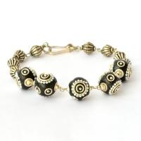 Handmade Bracelet having Black Beads with Silver Metal Chain