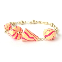 Handmade Bracelet having Cone Shaped Cream & Pink Color Beads