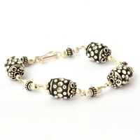 Handmade Bracelet having Black Beads with Rhinestones & Seed Beads