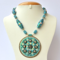 Handmade Blue Glitter Necklace with Rhinestones & Accessories